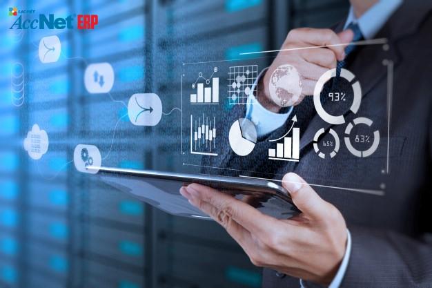 phân tích chi tiết khi quản lý tài chính
